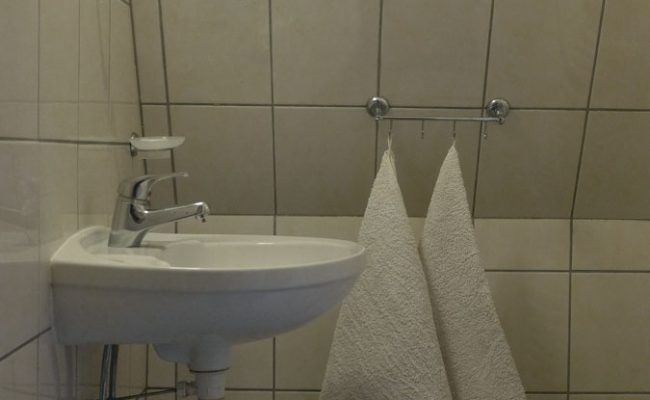 Łuka-pokój_nr5_łazienka1
