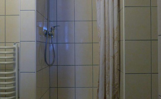 Łuka-pokój_nr5_łazienka2